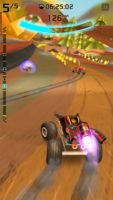 Sammle Geld und verbessere dein Auto in Rocket Cars - Screenshot (c) Illusion Labs