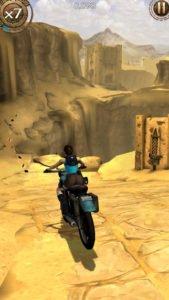 Im neuen Action Abenteuer Lara Croft Relic Run für Android und iOS fahrt ihr sogar auf unterschiedlichsten Fahrzeugen durch die Welt - (c) Square Enix